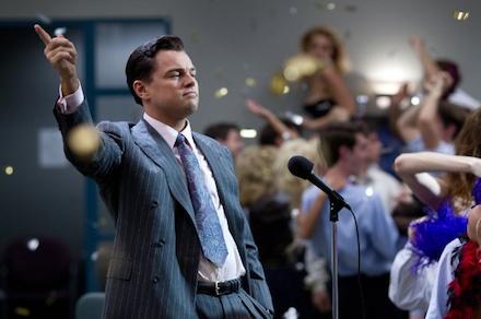 Jelenet A Wall Street farkasa c. filmből, Leonardo DiCaprióval