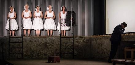 Az Olaszliszkai - Katona József Színház - fotó az előadásról