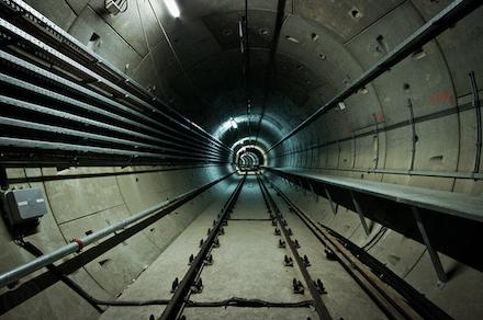 Az M4-es metró alagútja a Rákóczi tér és a Fővám tér között