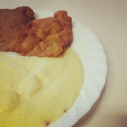 Interfood - Rántott pulykamell, burgonyapürével