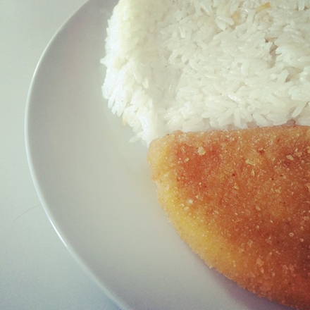 Interfood - Rántott trappista sajt jázminrizzsel, tartárral