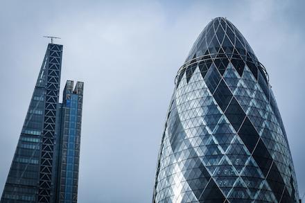 London - A sajtreszelő és az Uborka nevű épületek