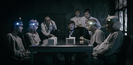 Pater Sparrow 1 című filmjének egyik jelenete
