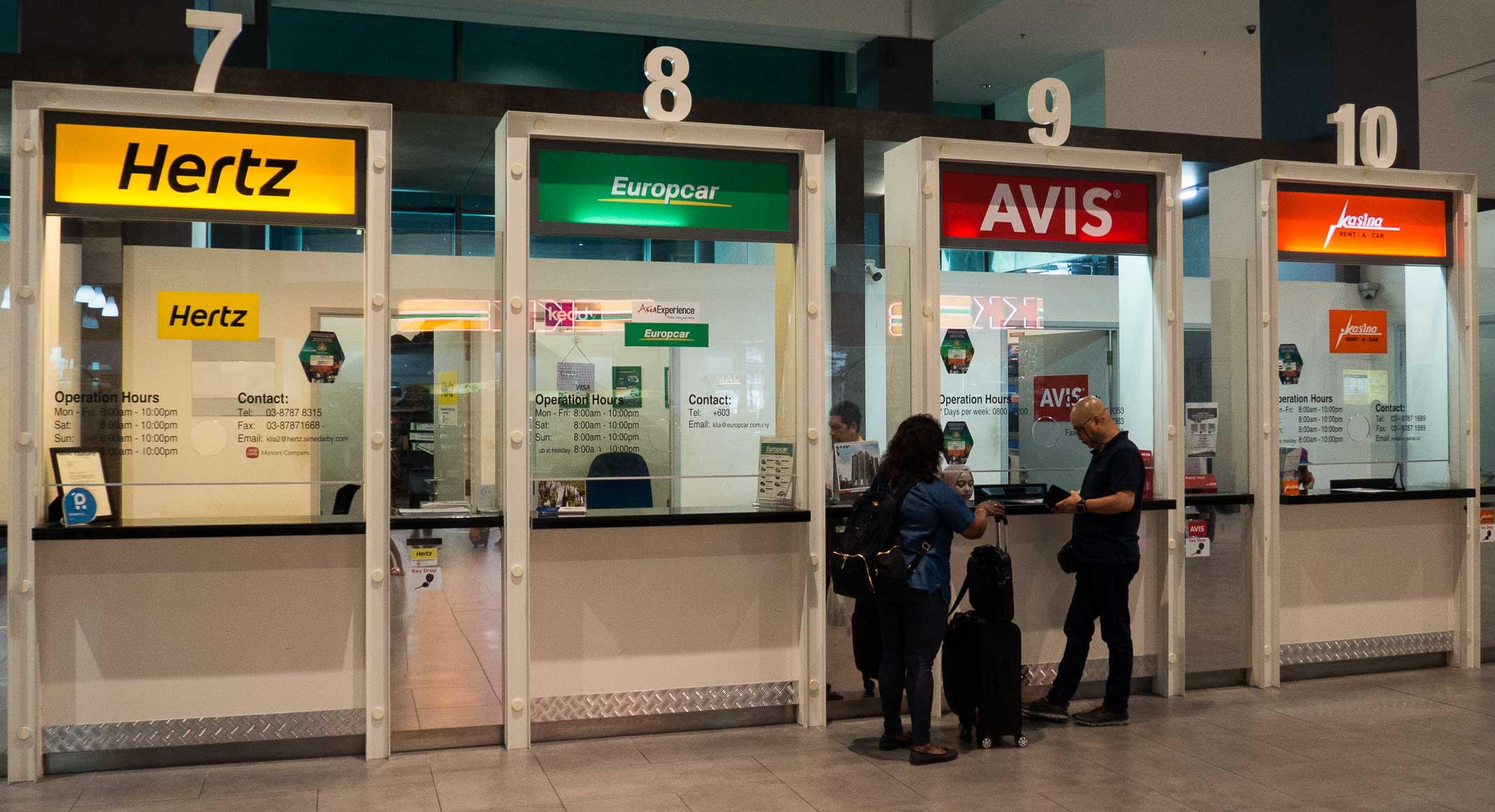 Autókölcsönző irodák a Kuala Lumpuri reptéren
